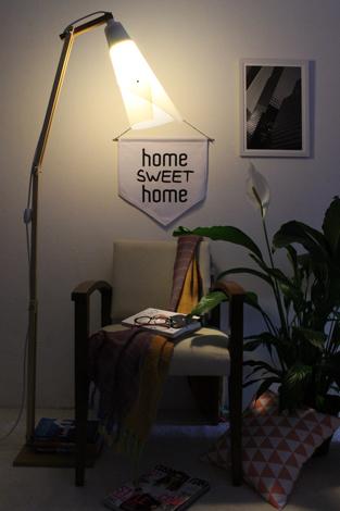Luminária de Piso Coleção Sixties